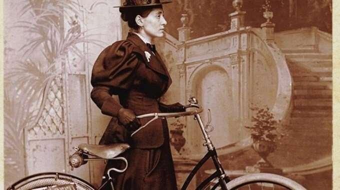 Mujeres que viajaron solas, Annie Londonderry