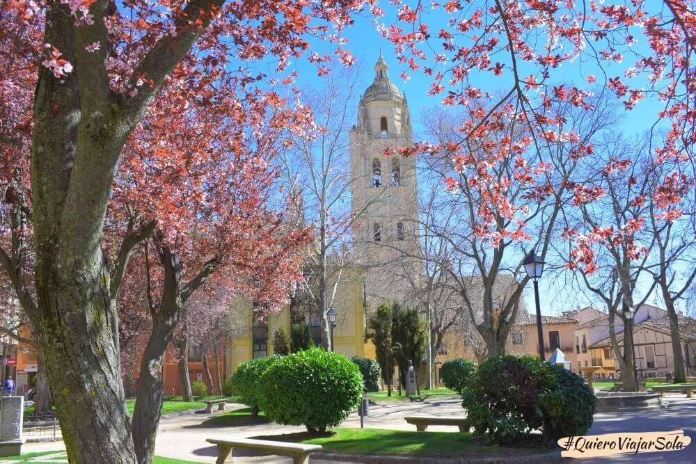 Viajar sola a Segovia, Catedral