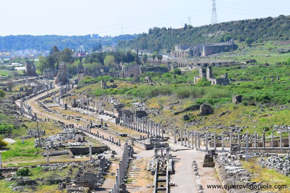 Viajar sola a Antalya y Alanya, Perge