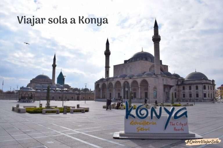 Viajar sola a Konya