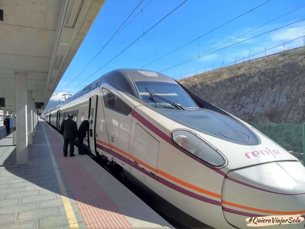 Cómo moverte por España en tren