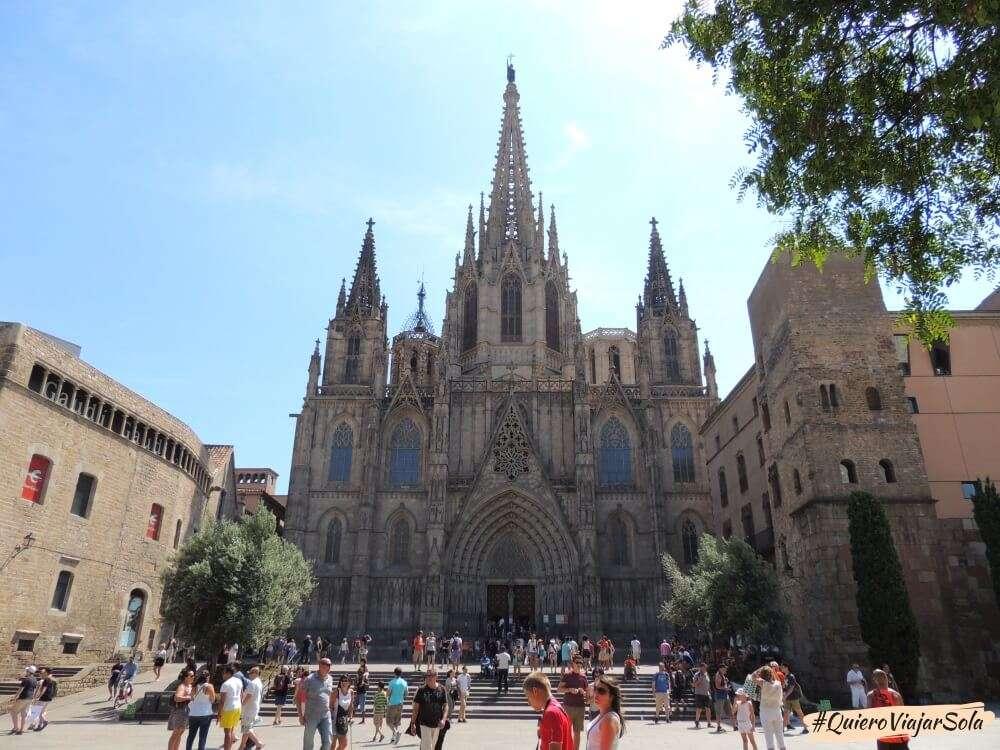 Viajar sola a Barcelona, Catedral
