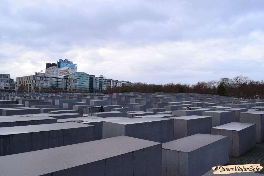 Viajar sola a Berlín, monumento holocausto