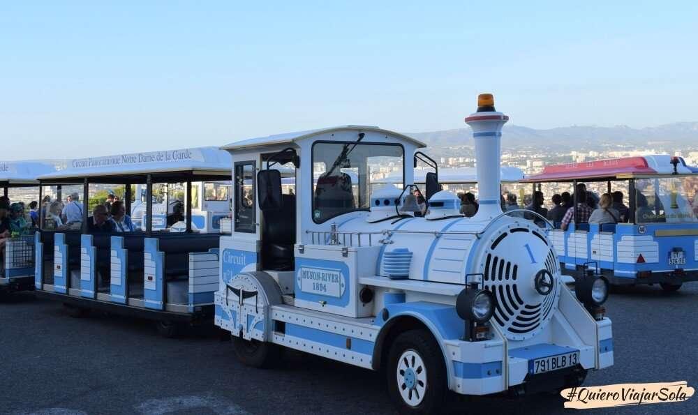 Viajar sola a Marsella, tren turístico