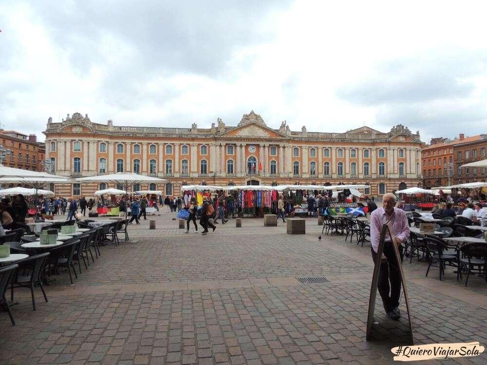 Viajar sola a Toulouse, Capitolio