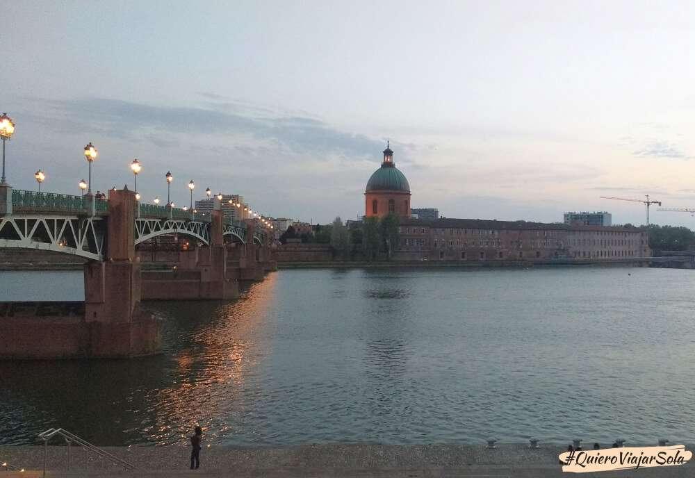 Viajar sola a Toulouse, atardecer río Garona