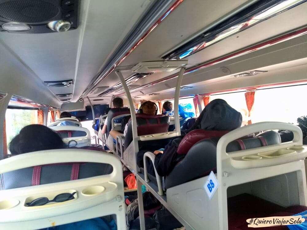 Cómo moverte por Vietnam, autobús