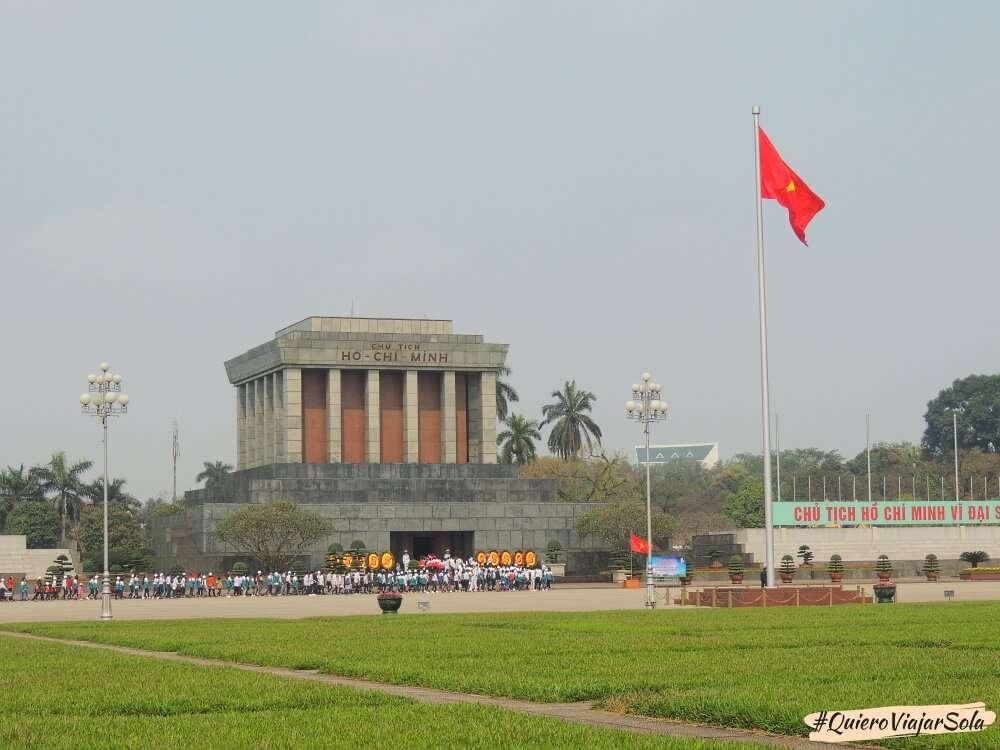 Viajar sola a Hanoi, mausoleo Ho Chi Minh