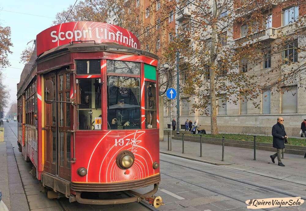 Viajar sola a Milán, tranvía
