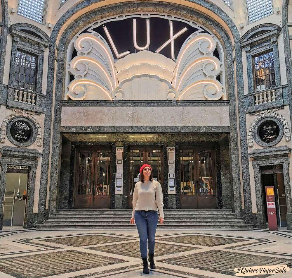 Viajar sola a Turín, galerías comerciales