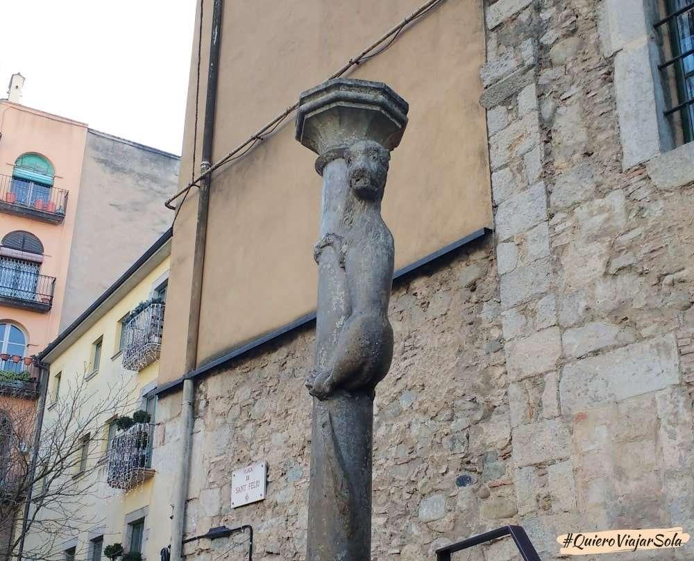 Viajar sola a Girona, la leona