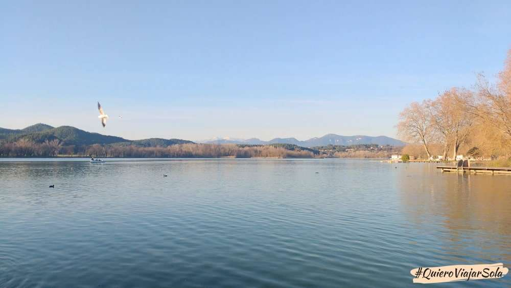 Viajar sola a Girona, lago de Bañolas