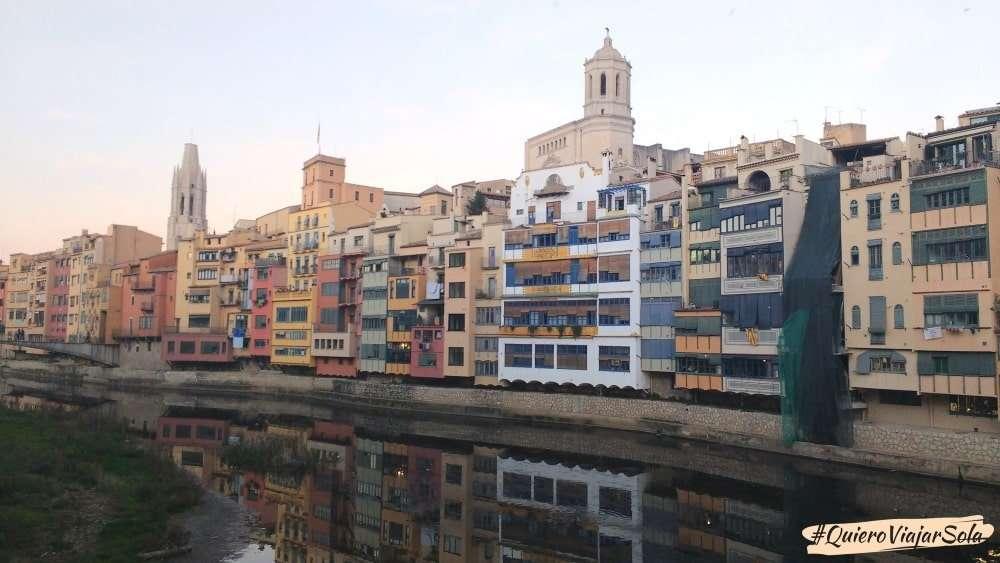Viajar sola a Girona, río Oñar