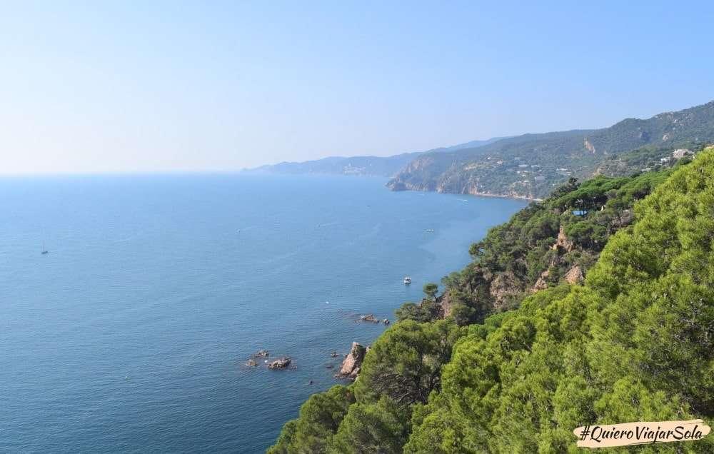 Viajar sola a la Costa Brava, Sant Feliu de Guixols