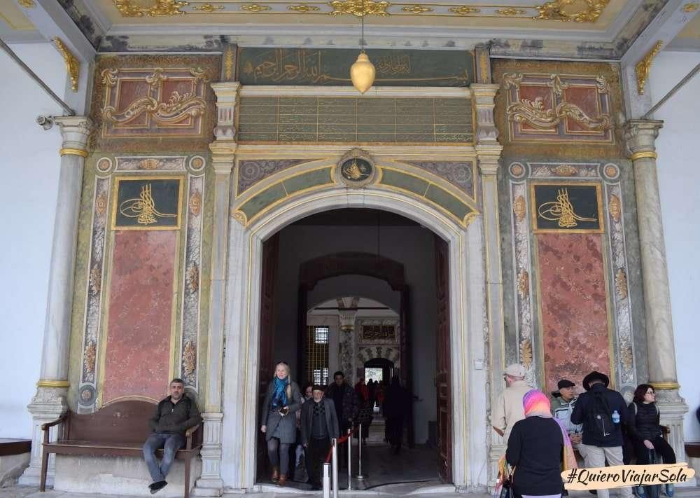 Visitar el Palacio de Topkapi, entrada