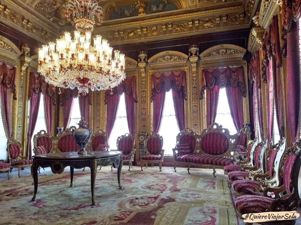 Palacio de Dolmabahçe, sala Rosa