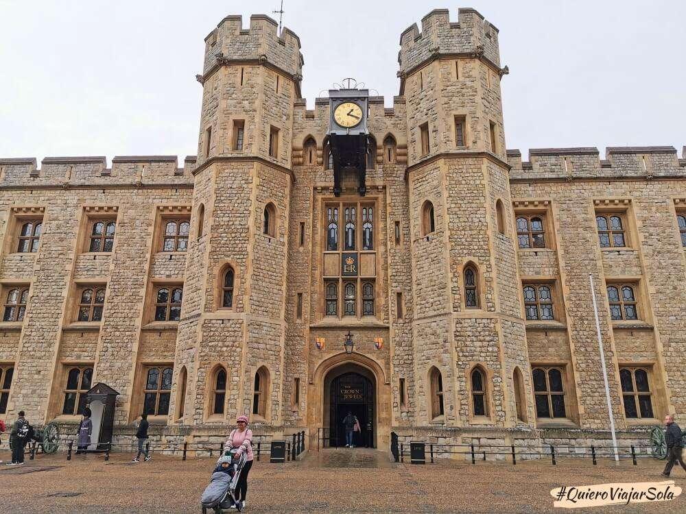 Visitar la Torre de Londres, joyas de la Corona