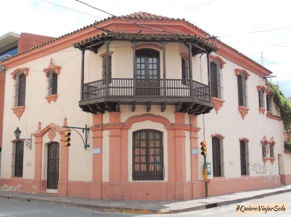 Viajar sola a Salta, casa estilo colonial