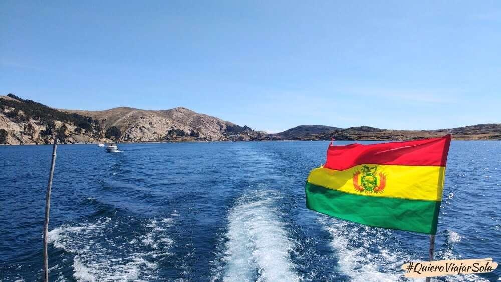 Viajar sola a la Isla del Sol, barco