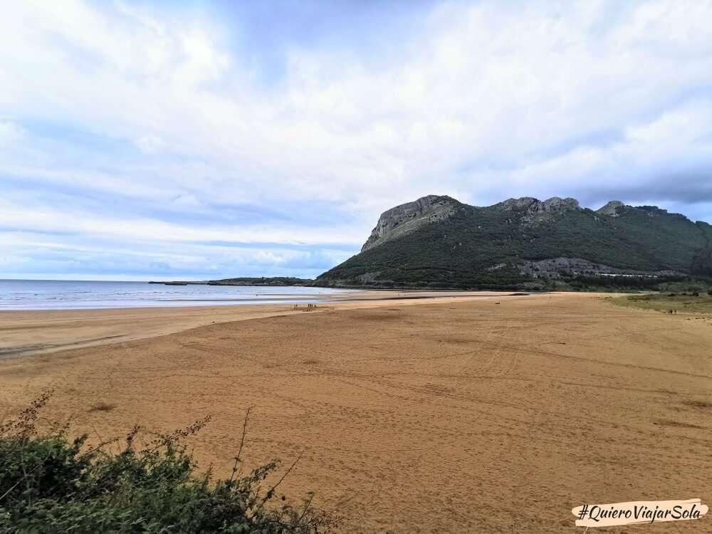 Camino del Norte, playa de Oriñón
