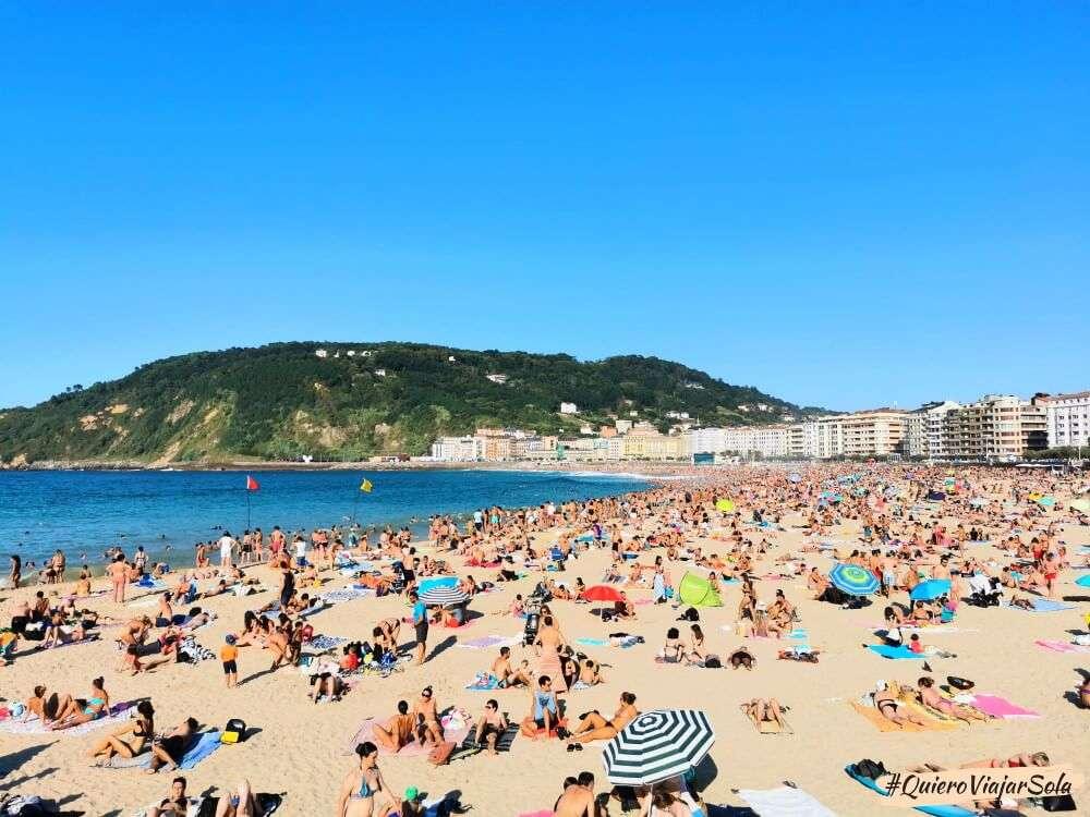 Que hacer en San Sebastián, playa de La Zurriola