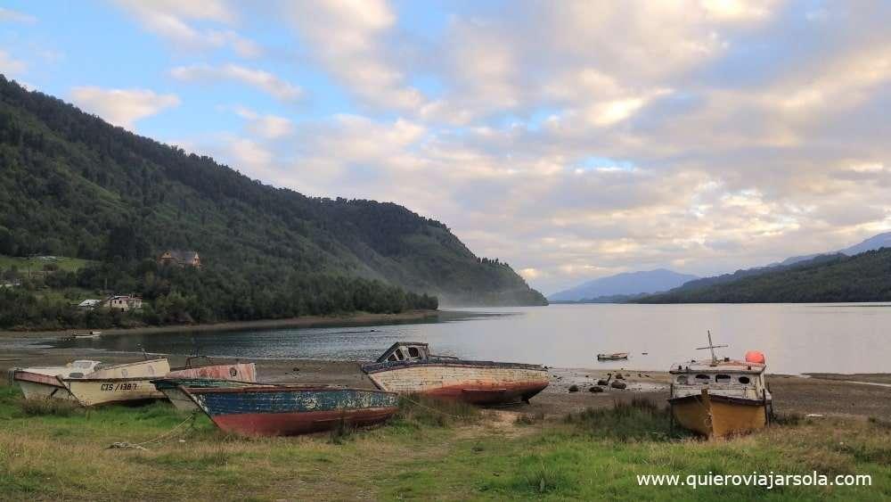 Bahía de Puyuhuapi al atardecer