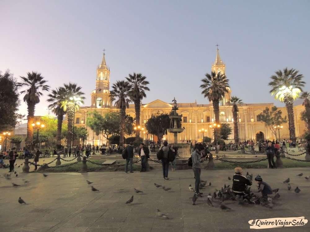 Viajar sola a Arequipa Perú, Plaza de Armas