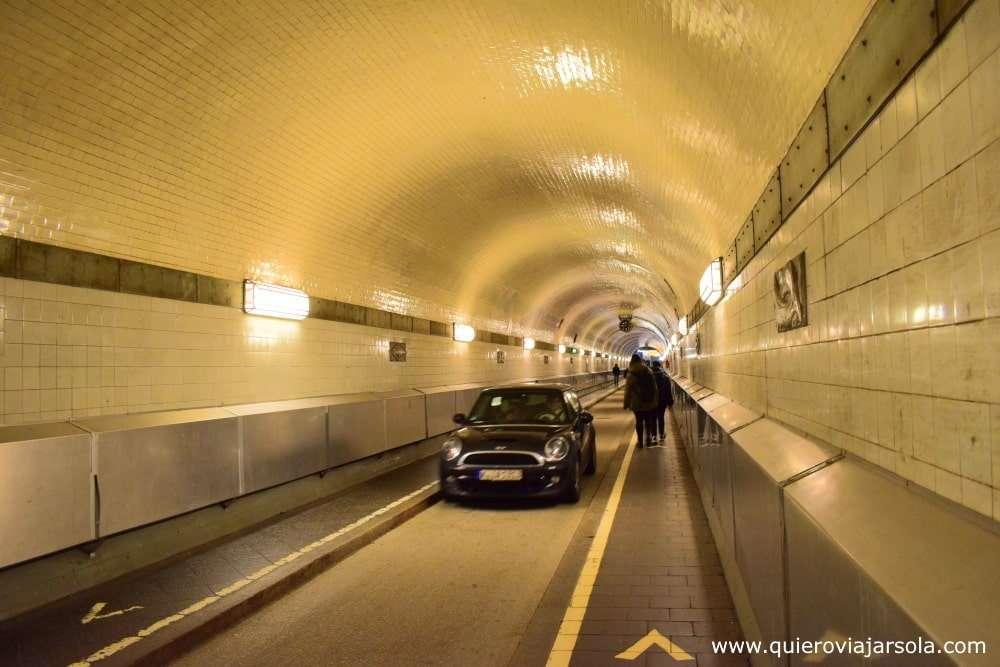 Qué ver en Hamburgo, túnel del Elba