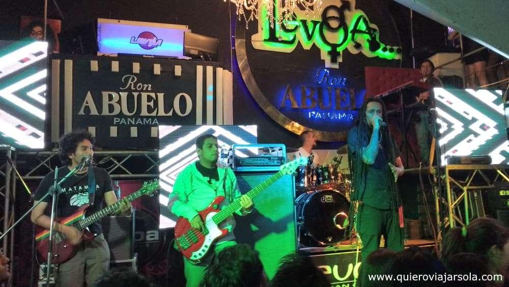 Viajar sola a Cochabamba, concierto de Matamba