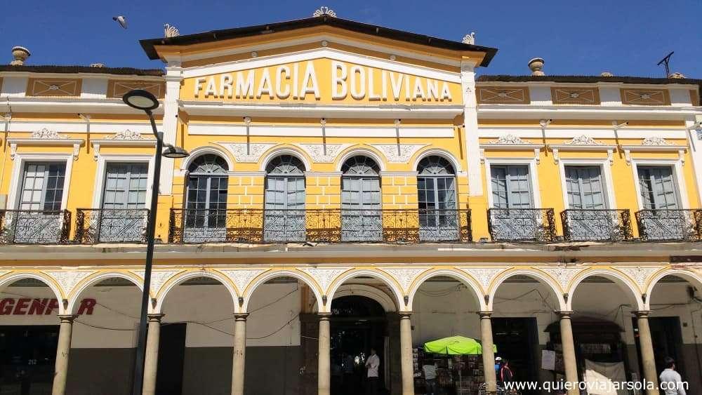 Viajar sola a Cochabamba, edificio antiguo
