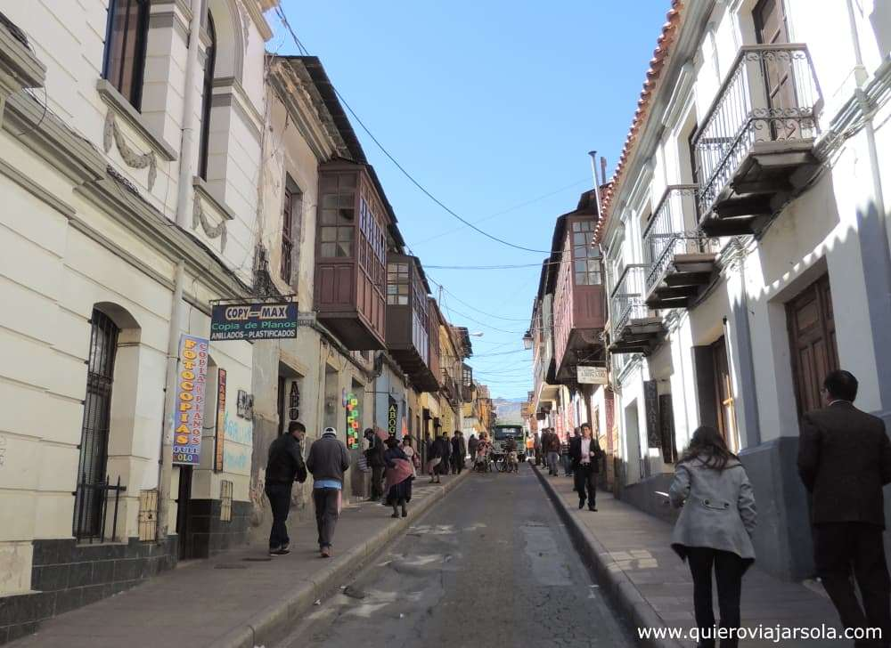 Viajar sola a Potosí, calle