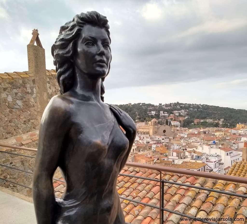 Qué ver en Tossa de Mar, estatua de Ava Gardner