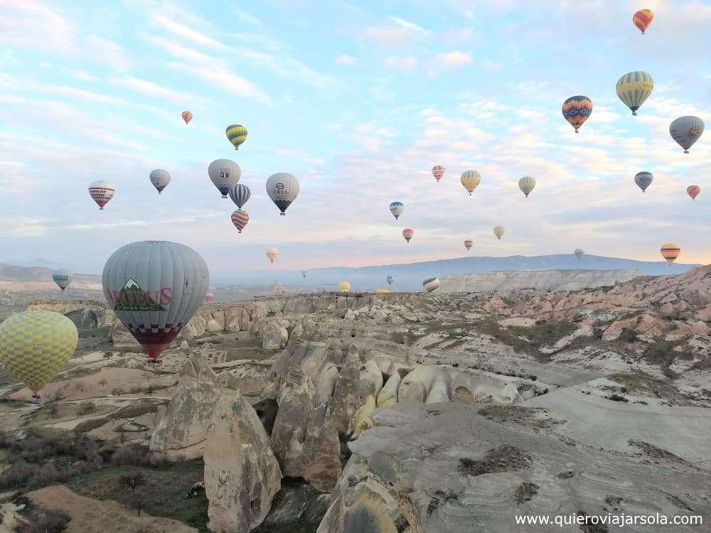 Volar en globo en la Capadocia, globos