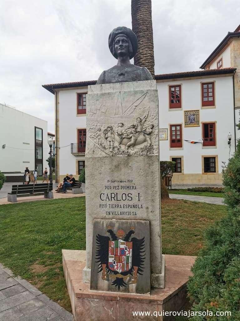 Qué ver en Villaviciosa Asturias, estatua de Carlos I