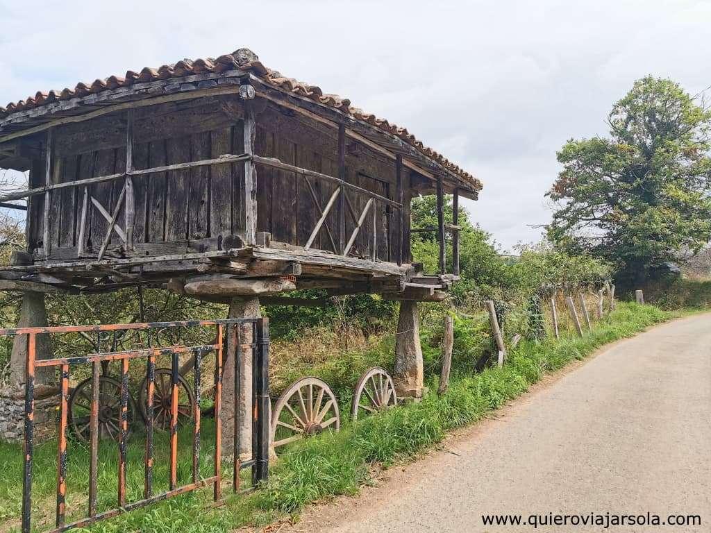Qué ver en Villaviciosa Asturias, hórreo en Sebrayu