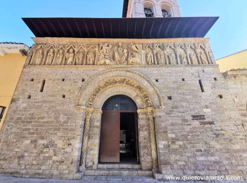 Camino Francés, iglesia de Santiago en Carrión de los Condes